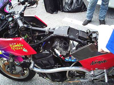 Kawasaki GPZ 900R Page - Picture Gallery 1