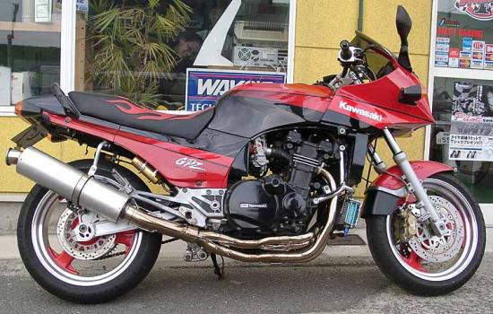 Kawasaki GPZ 900R Page - Picture Gallery 13